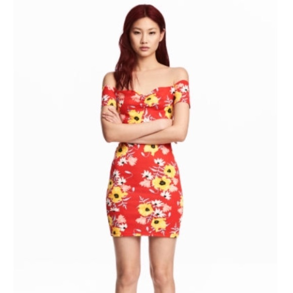 0f8d4bdd3fdd H&M Dresses | New Hm Floral Off The Shoulder Dress | Poshmark
